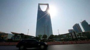 """""""التستر"""" يورط سعوديا بديون تجاوزت 26 مليون ريال"""